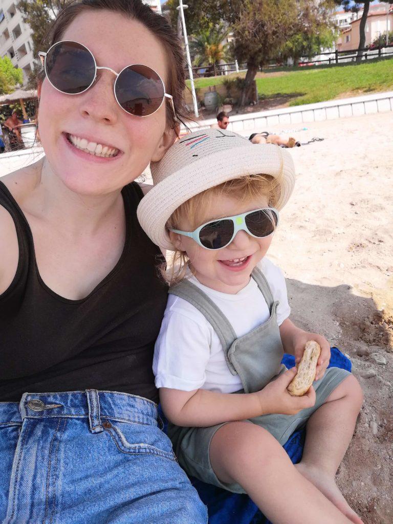 Cesare et moi à la plage à Toulon au mois de juillet