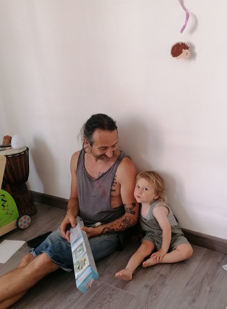 Journée type 2 ans bébé et son papa