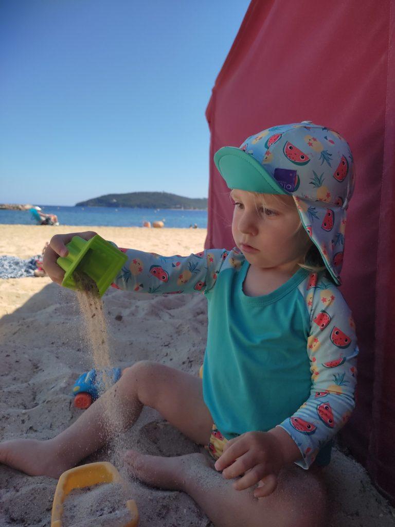 Le tshirt anti uv bambino mio pour la plage pour les bébés