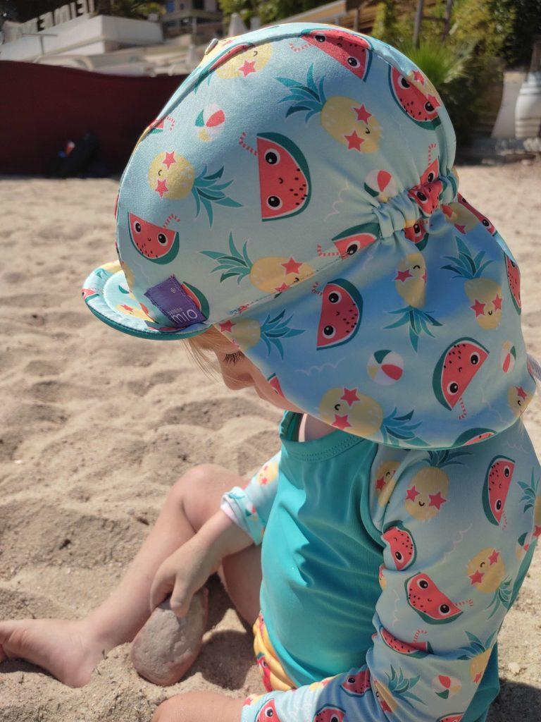 chapeau de bain bambino mio pour aller dans la mer anti uv
